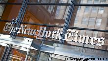 USA Eingang des New York Times Hauptquartier in New York