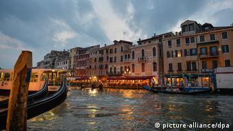 Η Βενετία συγκαταλέγεται στις πιο εκτεθειμένες ζώνες της Μεσογείου.