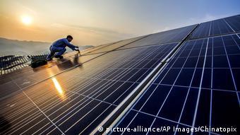 Τη δεκαετία του 1990 οι ανανεώσιμες πηγές προκαλούσαν γέλια λέει ο Κλ. Τέπφερ