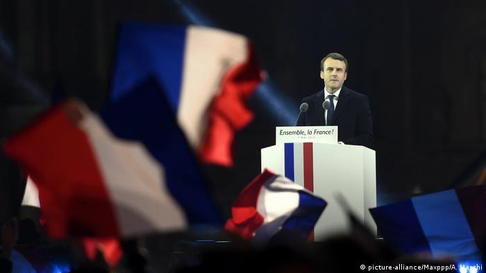 Frankreich Macrons neue Partei La Republique en Marche (picture-alliance/Maxppp/A. Marchi)