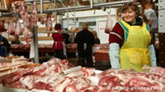 Ukraine Land und Leute Marktfrau in Kiew