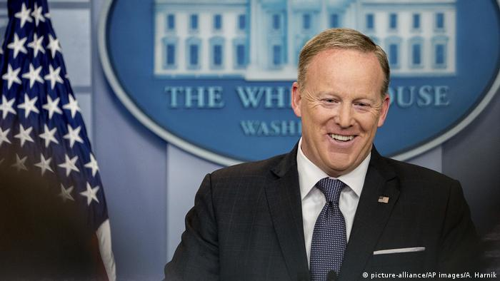 Sean Spicer (picture-alliance/AP images/A. Harnik)