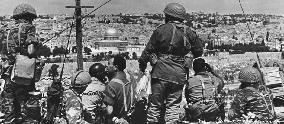 """Antigo """"anseio por Jerusalém"""" pode ter norteado ações de generais israelenses"""
