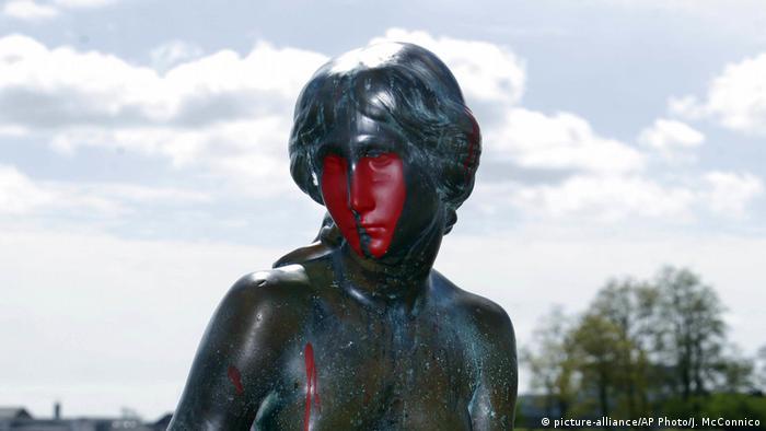 Dänemark Statue Kleine Meerjungfrau (picture-alliance/AP Photo/J. McConnico)