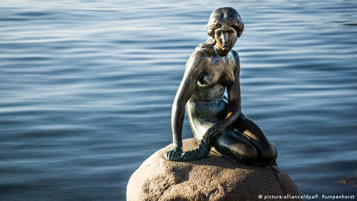 Dänemark Statue Kleine Meerjungfrau (picture-alliance/dpa/F. Rumpenhorst)