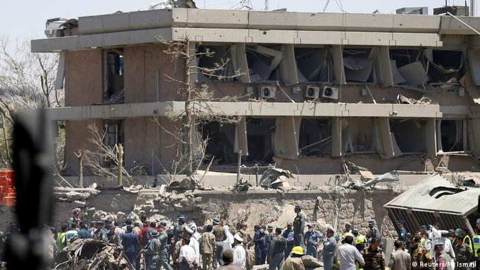 Afghanistan | beschädigte deutsche Botschaft in Kabul (Reuters/M. Ismail)