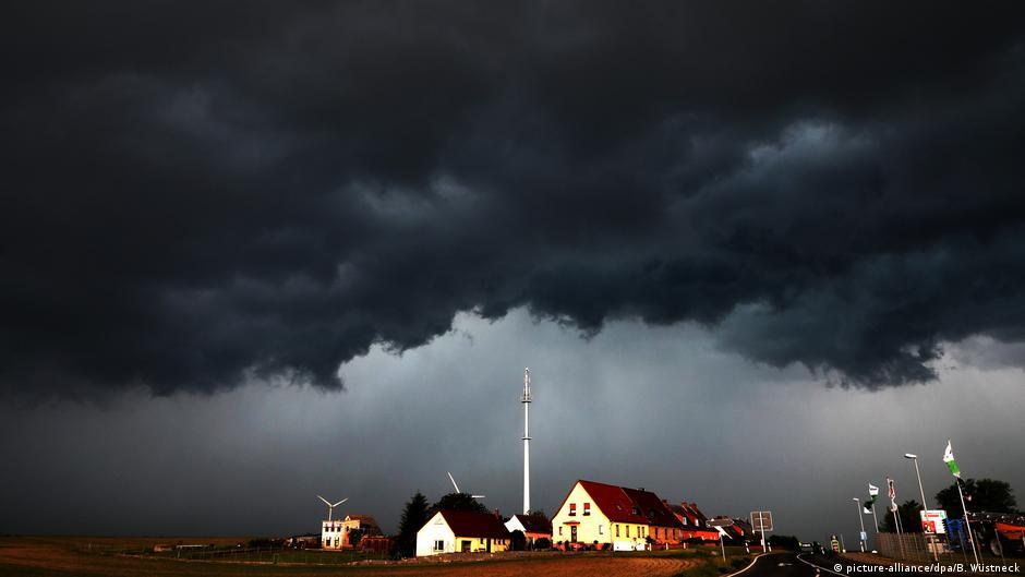 Гроза и ураган на севере Германии