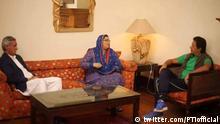 Indien PTI head Imran Khan and the woman is Firdaus Ashiq Awan