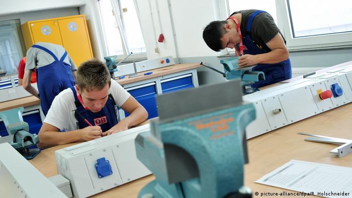 Работа и учеба в германии как купить дом в дубае