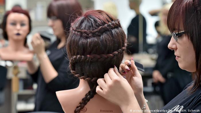 Обучение парикмахеров в европе колледж заочное обучение бесплатно