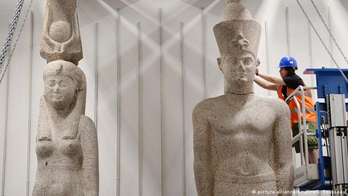 Underwater Cleopatra Alexandria, Egypt, Sunken cities: Egypt's lost worlds exhibition