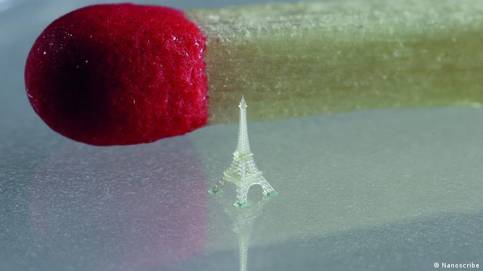 Mikro 3D Druck/ Mikroskaliger Eiffelturm