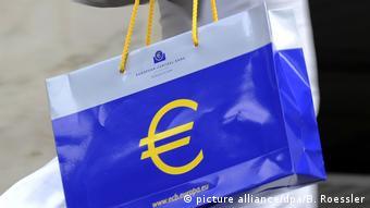Oι αποκκλίσεις μεταξύ βορρά και νότου θέτουν σε κίνδυνο το ευρώ