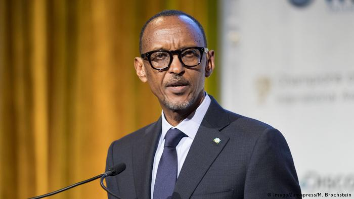 O Presidente do Ruanda, Paul Kagame, participa do Dia do Ruanda, em Bona
