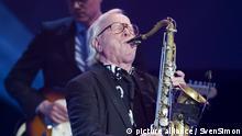 Klaus DOLDINGER; Musiker, spielt Saxophon, 53. Verleihung des Adolf-Grimme-Preises Adolf-Grimme-Preis Grimmepreis in Marl, 31.03.2017. Â | Verwendung weltweit