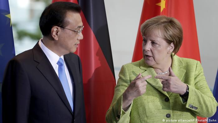 Angela Merkel y Li Keqiang.