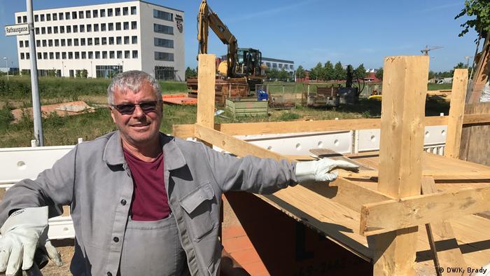 Schönefeld construction worker