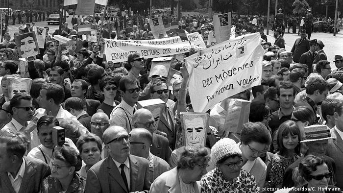 Anti-Shah demonstration in Berlin