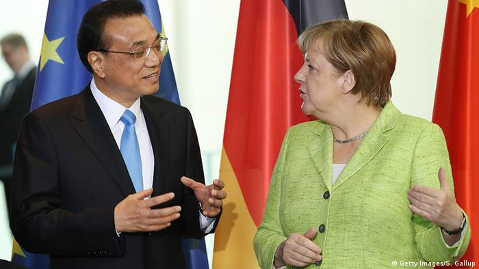 Deutschland China PK Angela Merkel und Li Keqiang (Getty Images/S. Gallup)
