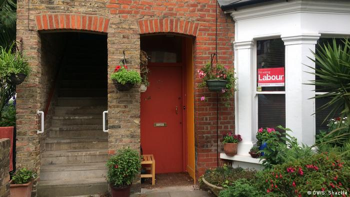 If the signs on people's windows are anything to go by then Labour is leading the race