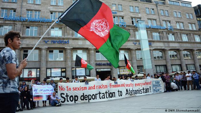 Demonstration Köln gegen Abschiebung nach Afghanistan Menschenrechte