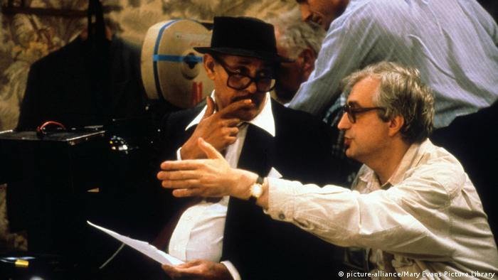 Director Bertrand Tavernier (right) with Dexter Gordon (picture-alliance/Mary Evans Picture Library)