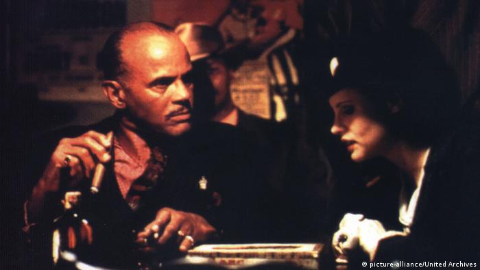 Kansas City by Robert Altman with Harry Belafonte and Jennifer Jason Leigh (picture-alliance/United Archives)