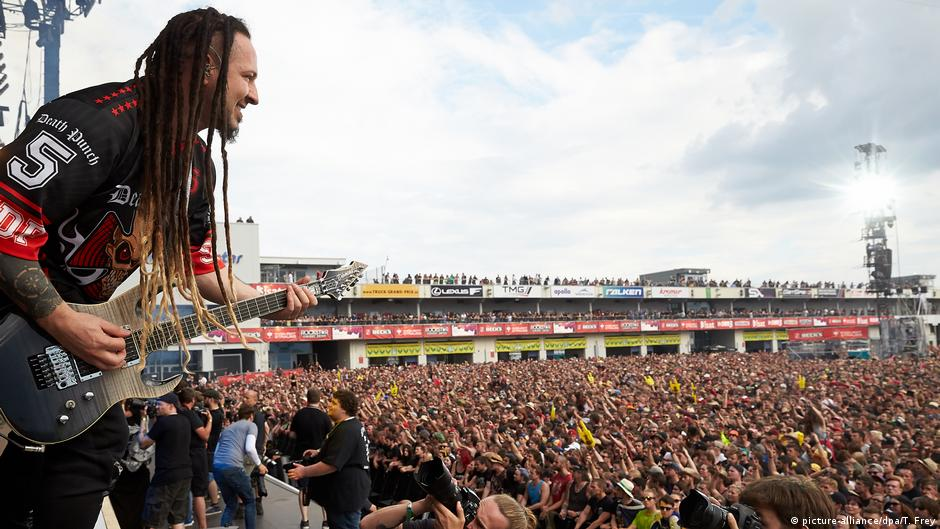 rock am ring music festival to go ahead after terror alarm lifted german police news dw. Black Bedroom Furniture Sets. Home Design Ideas
