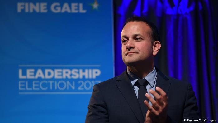 Leo Varadkar clapping at a campaign event in 2017