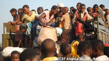 Refugees from DRC arriving at the Cacanda reception centre in Dundo, Angola. Every day, hundreds of people arrive to this centre fleeing from violence in their country.