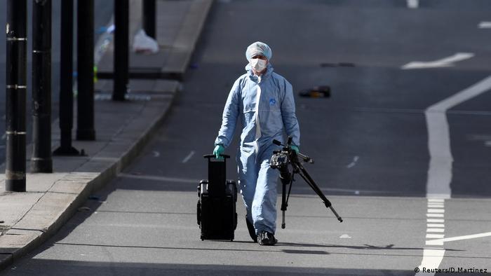 London Bridge Untersuchungen nach dem erneuten Anschlag (Reuters/D.Martinez)