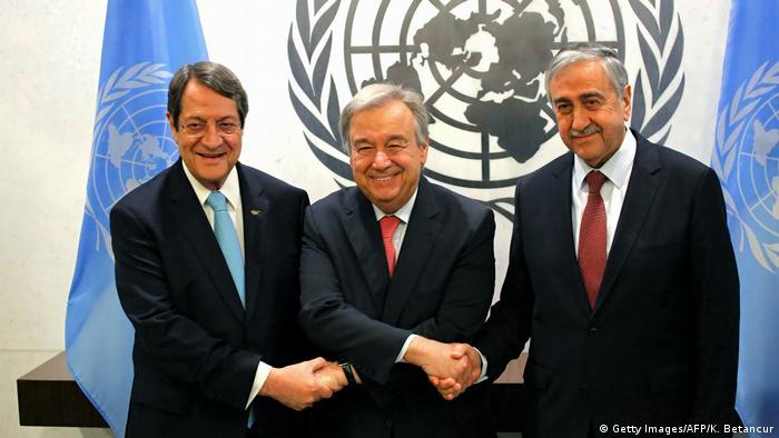 UN Hauptquartier Zypern Konflikt Anastasiades Guterres Akinci (Getty Images/AFP/K. Betancur)
