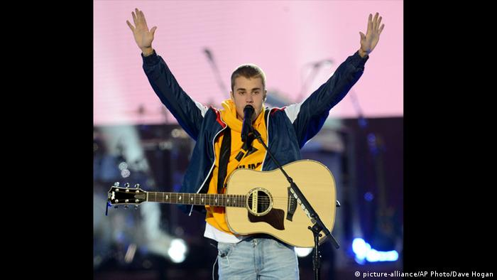 One love Manchester Justin Bieber (picture-alliance/AP Photo/Dave Hogan)