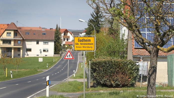 No cars on the main road into Gadheim (Getty Images/AFP/D. Roland)