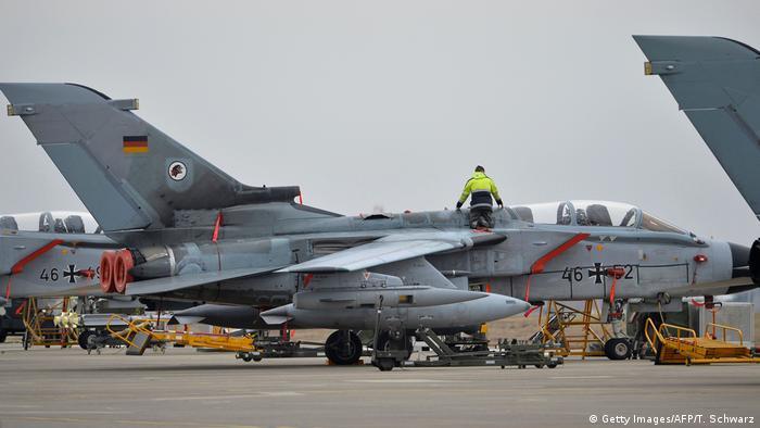 Türkei Incirlik Tornados der Bundeswehr Luftwaffe (Getty Images/AFP/T. Schwarz)