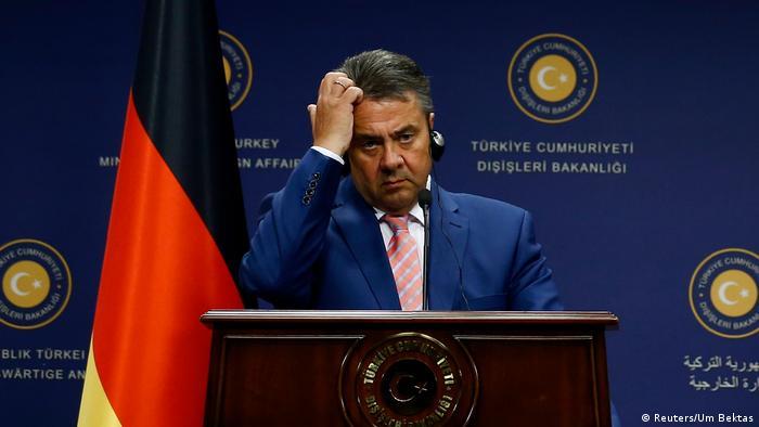 Ankara Bundesaußenminister Sigmar Gabriel SPD trifft den Außenminister der Republik Türkei Mevluet Cavusoglu