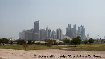 Σε δεινή οικονομική θέση το Κατάρ μετά το κλείσιμο των συνόρων (picture-alliance/dpa/Wostok Press/O. Morvan)