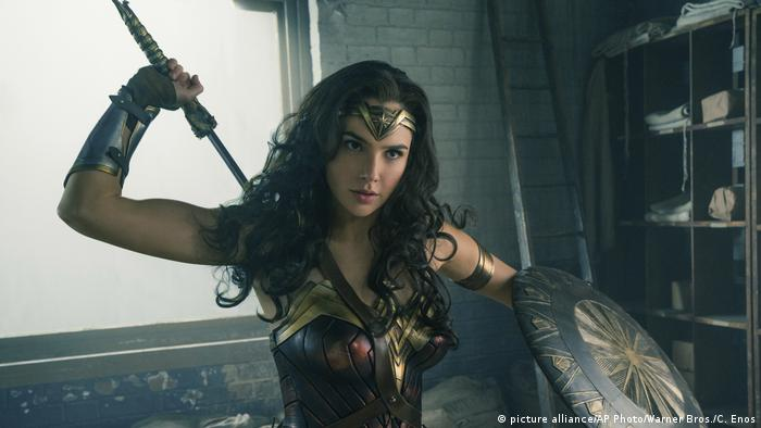 Still from Wonder Woman with Gal Gado (picture alliance/AP Photo/Warner Bros./C. Enos)