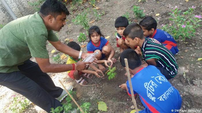 Indien Umweltverschmutzung in Kalkutta (DW/Payel Samanta)