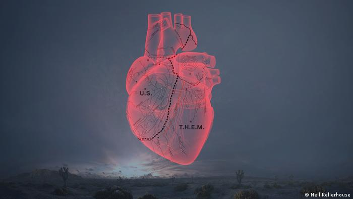 visuals from CARNE y ARENA, a heart in the sky