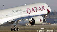 ARCHIV 2014 +++ epa04594659 (FILE) A file photol dated 22 December 2014 showing a Airbus A350 XWB taking off during a delivery ceremony to Qatar Airways in Colomiers, Southern France France. Qatar Airways has bought 9.99 per cent of International Airways Group (IAG), making it the biggest shareholder in the parent company of British Airways and Iberia. IAG boss Willy Walsh on 30 January 2015 welcomed the latest British investment by the Gulf state, saying he would 'talk to them about what opportunities exist to work more closely together.' Qatar's sovereign wealth fund already owns upmarket retailer Harrods, London's Shard office tower and stakes in grocer Sainsbury's, Barclays bank and Heathrow Airport. EPA/STRINGER +++(c) dpa - Bildfunk+++ |