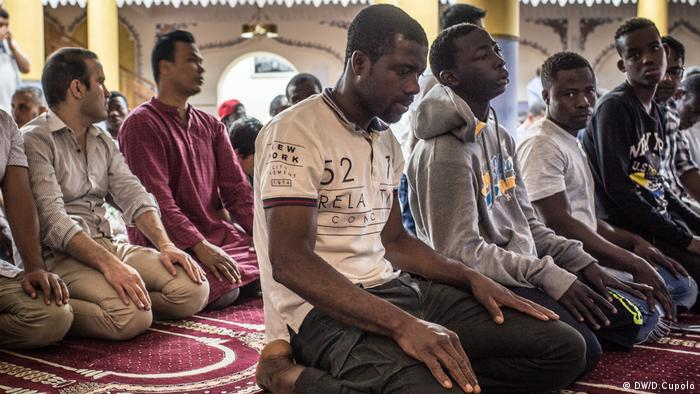 Ramadan in Sizilien (DW/D.Cupolo)