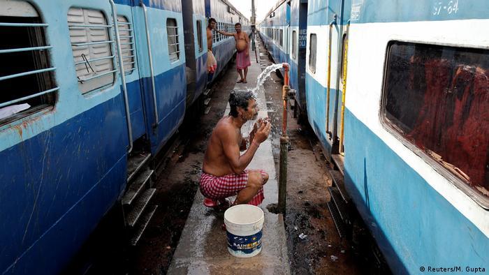 Indien - Hitzewelle - Alltag (Reuters/M. Gupta)