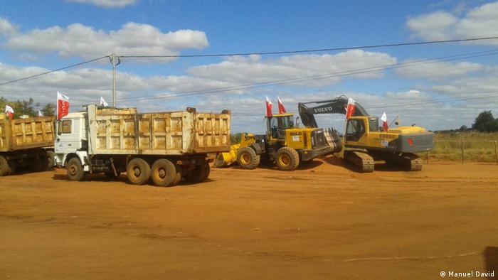 Mosambik Beginn der Arbeiten an der N13