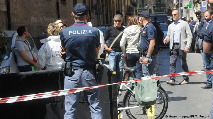 Italien Sizilien Polizei in Palermo