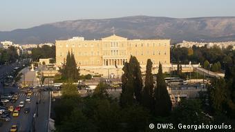 H Ελλάδα για άλλη μια φορά στο επίκεντρο λίγο πριν από ένα ακόμη κρίσιμο Eurogroup