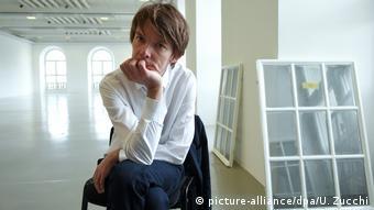Adam Szymczyk, künstlerischer Leiter der documenta 14 (picture-alliance/dpa/U. Zucchi)