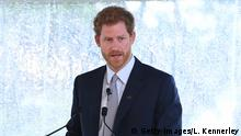 07.06.2017+++ SYDNEY, AUSTRALIA - JUNE 07: Prince Harry speaks to guests and the Australian Invictus Squad as he attends the Official Launch of Invictus Games Sydney 2018 at Admiralty House on June 7, 2017 in Sydney, Australia. Prince Harry is on a two-day visit to Sydney for the launch of the Invictus Games Sydney 2018. The fourth Invictus Games will be held in Sydney from 20th to 27th October, 2018 and will include over 500 competitors from 17 nations competing in 10 adaptive sports events. (Photo by Louise Kennerley/Fairfax Media - Pool/Getty Images)