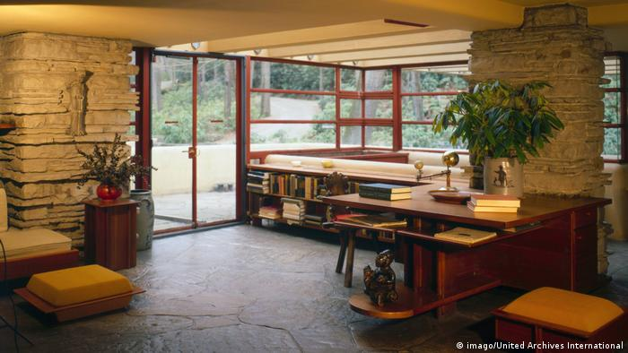 initiator of the us architectural soul frank lloyd wright culture