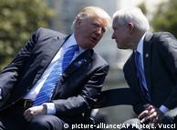 Президент США Дональд Трамп (л) і генпрокурор Джефф Сешнс (п)